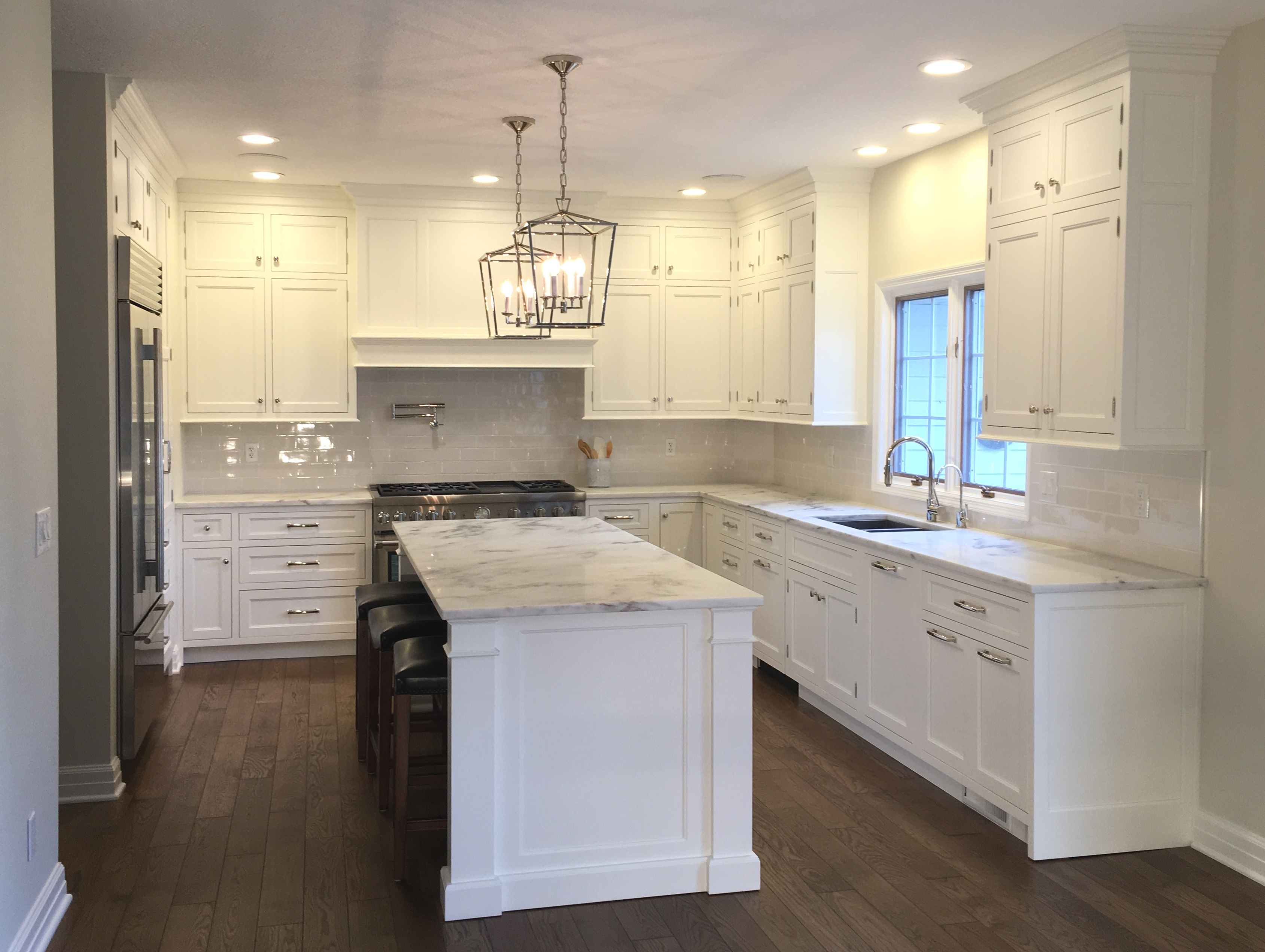 No. 1 Amish Cabinets in Peoria, IL - Cherrytree Kitchens
